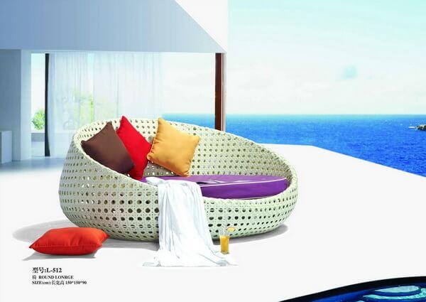 Oversized-Round-Rattan-Garden-Sunbed-Recliners
