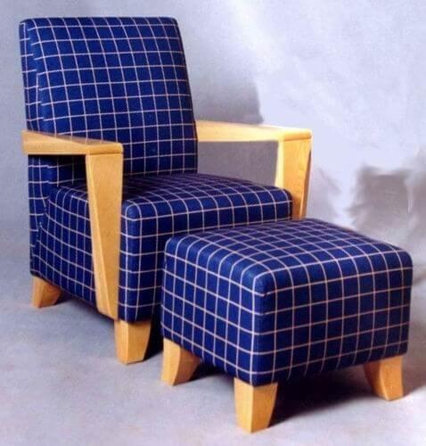 modern_comfortable_tartan_fabric_leisure_chair_ottoman_wood_frame_3