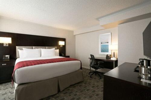 luxury_dark_walnut_veneer_hotel_bedroom_furniture_sets_with_writing_desk_1